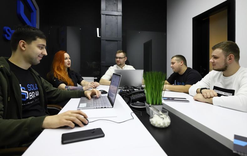 Our Team   SolidBrain